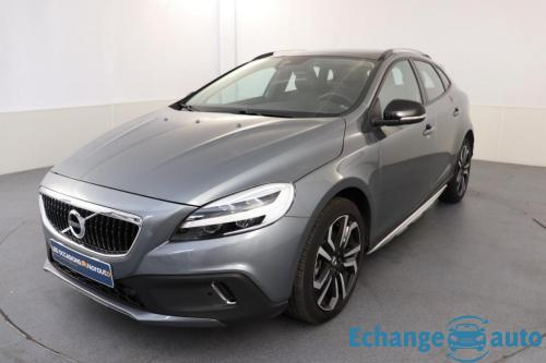 Volvo V40 Cross Country T3 152 ch Geartronic 6