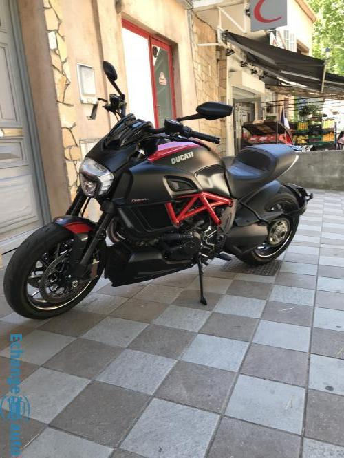 Ducati 1200 Diavel carbon