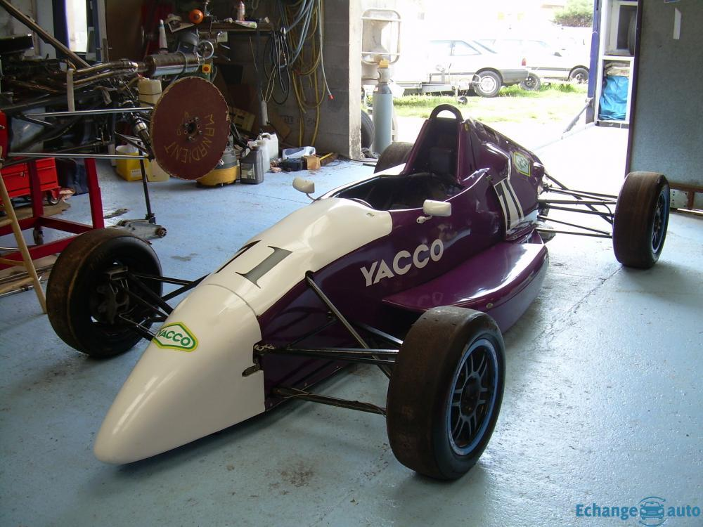 MONOPLACE SWIFT FORMULE FORD